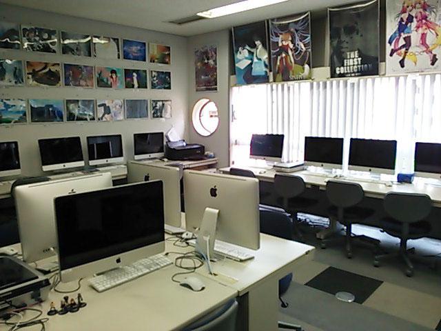 グラ科が主に使う本館3階の302教室です。